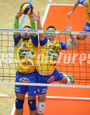 AVL. Volleyball. Volley League Men. SK Posojilnica Aich Dob gegen VBK Woerthersee Loewen Klagenfurt. Jan Krol, Mario Koncilja (Aich Dob). Bleiburg, am 11.10.2017. Foto: Kuess --- pressefotos, pressefotografie, kuess, qs, qspictures, sport, bild, bilder, bilddatenbank