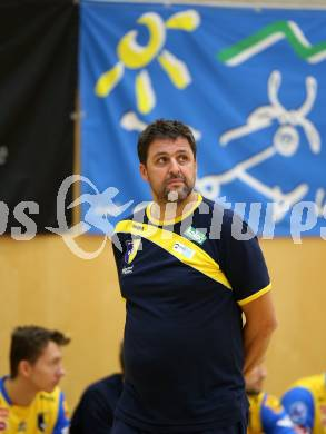 AVL. Volleyball. Volley League Men. SK Posojilnica Aich Dob gegen VBK Woerthersee Loewen Klagenfurt. Trainer Matjaz Hafner (Aich Dob). Bleiburg, am 11.10.2017. Foto: Kuess --- pressefotos, pressefotografie, kuess, qs, qspictures, sport, bild, bilder, bilddatenbank
